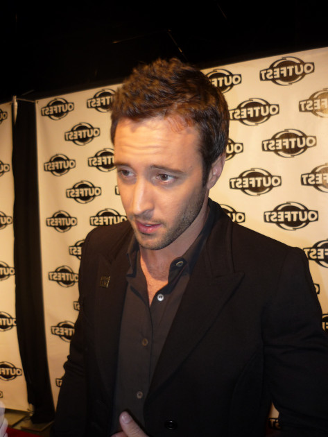 Alex O'Loughlin Vierge