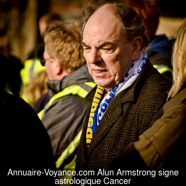 Alun Armstrong Cancer