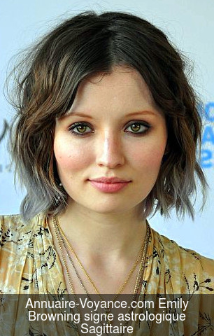 Emily Browning Sagittaire