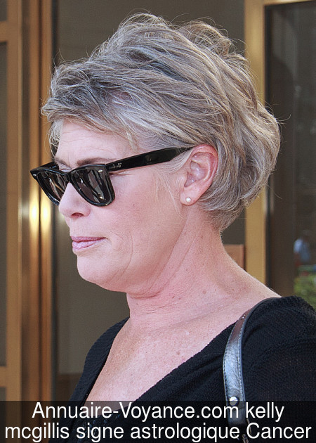 kelly mcgillis Cancer