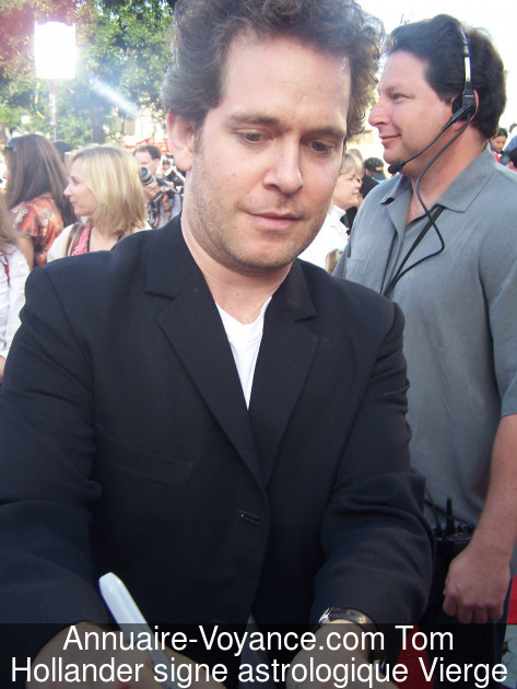 Tom Hollander Vierge